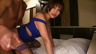 cougar bitch maid 5839