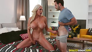 Busty Barbie Nicolette Shea likes to cum with her favorite toy before lasting sex